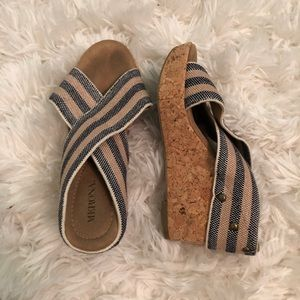 ✨new arrival✨striped heels
